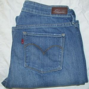 LEVIS SLIGHT CURVE Classic BLUE JEANS 31 x 32 Boot